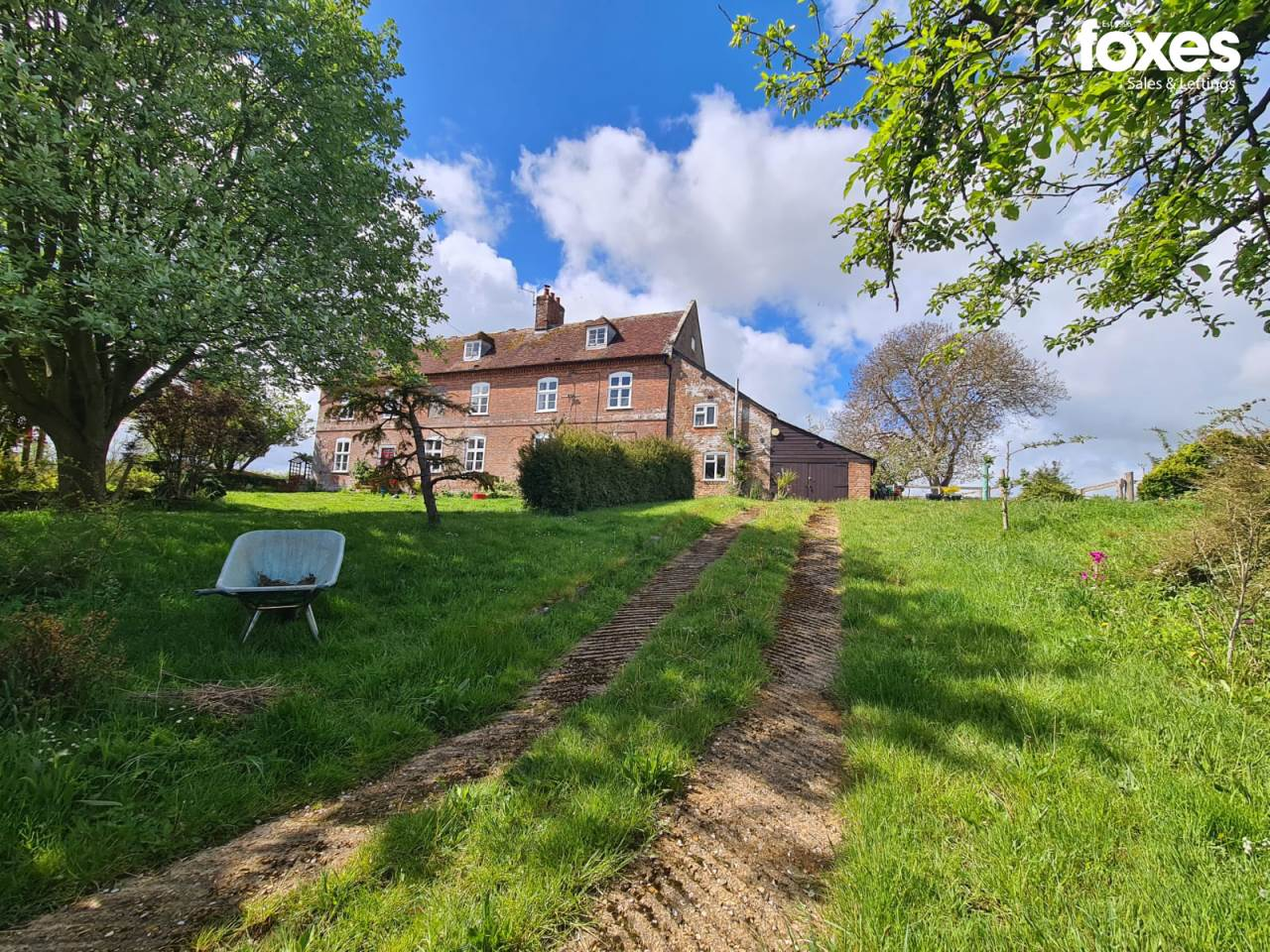 5 bed house to rent in Barnsley Farmhouse Barnsley, Wimborne, BH21