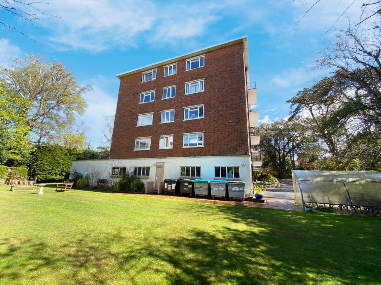 1 bed flat to rent in Madeira Road, Bournemouth, BH1