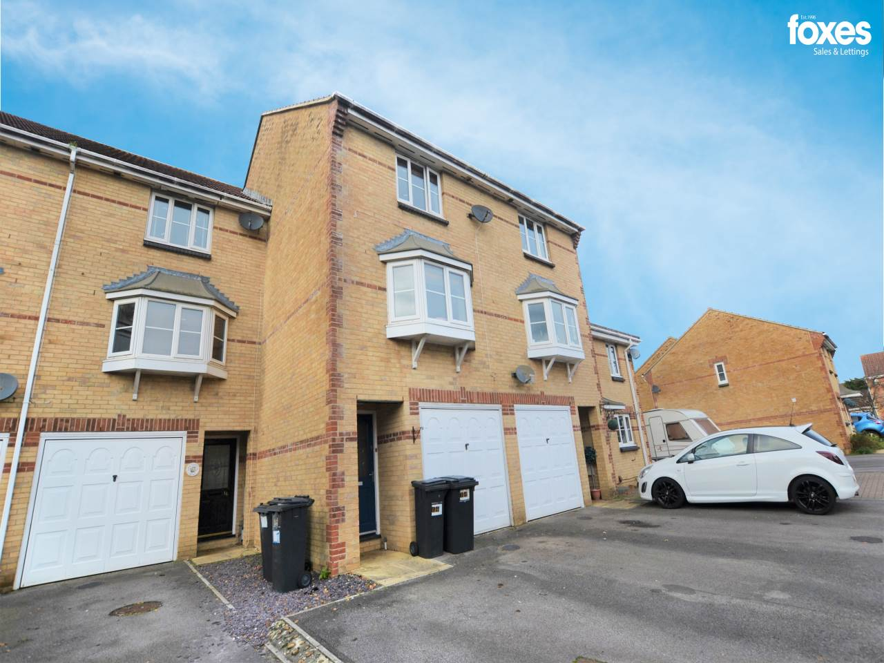3 bed house to rent in Knighton Heath, Bournemouth, BH11