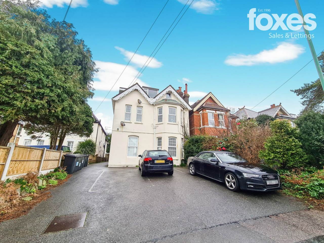 2 bed flat to rent in Southbourne, Bournemouth, BH5