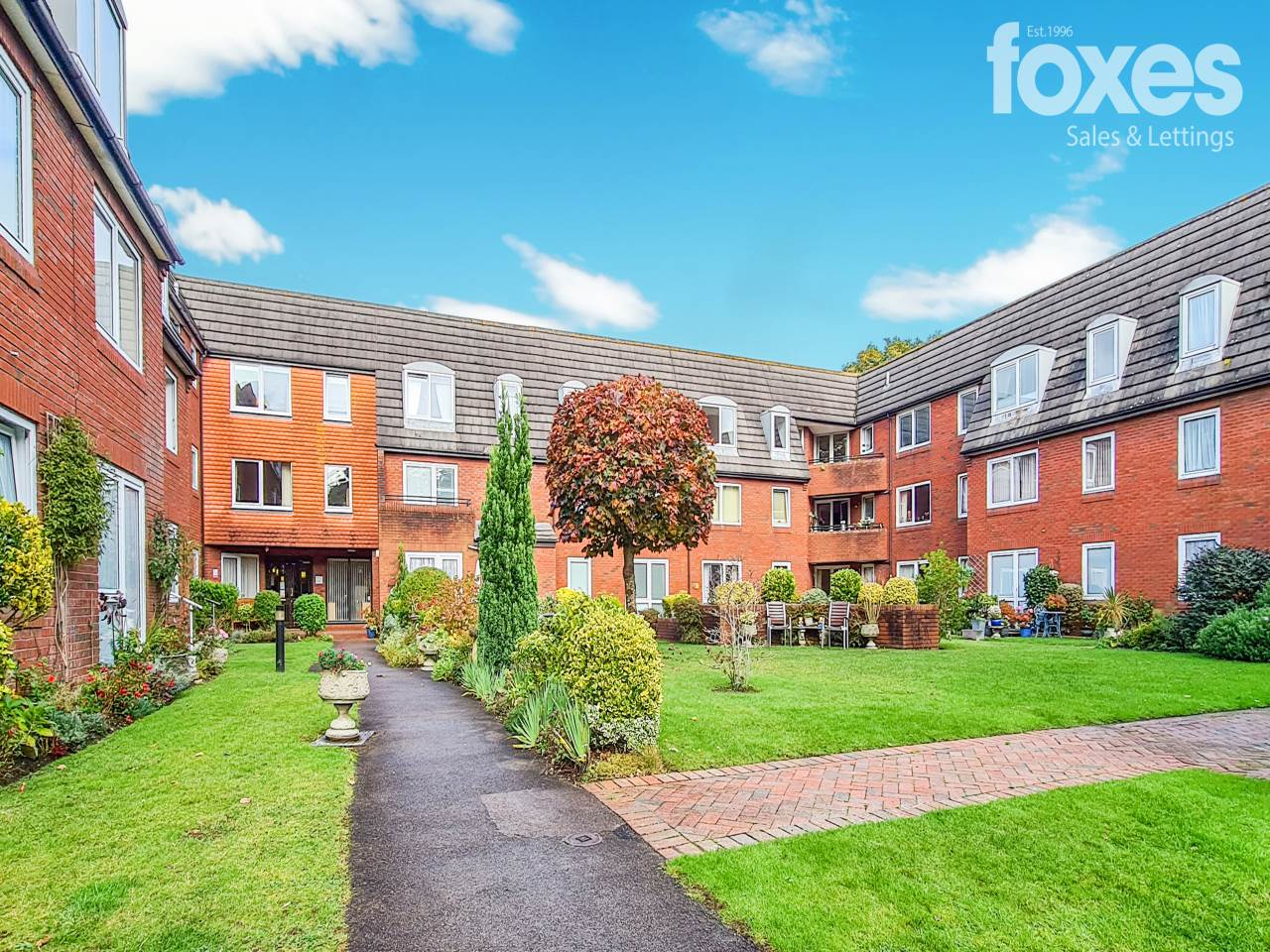 1 bed flat to rent in Ringwood Road, Ferndown  - Property Image 1