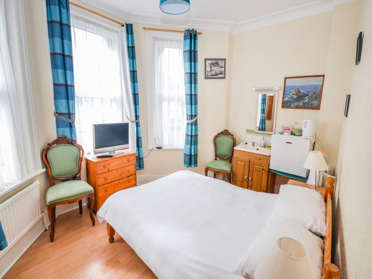 10 bed house for sale in Westby Road, Bournemouth  - Property Image 13