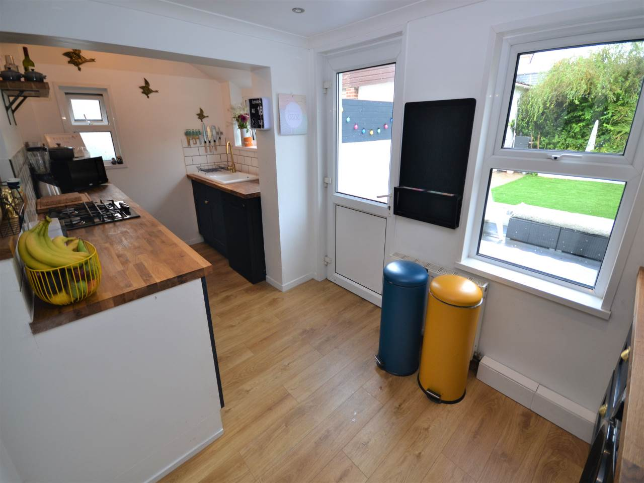 3 bed house for sale in Henville Road, Charminster 5