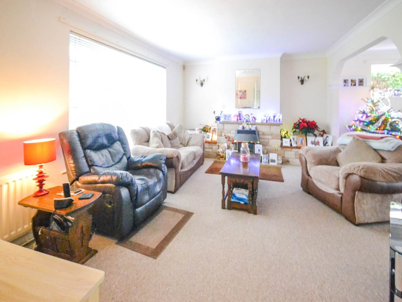 2 bed bungalow for sale in Martins Drive, Ferndown  - Property Image 6