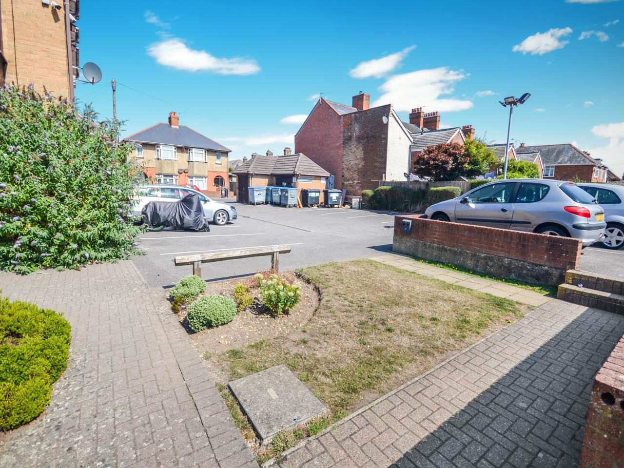 1 bed flat for sale in St Clements Court, 65 Cleveland Road 7