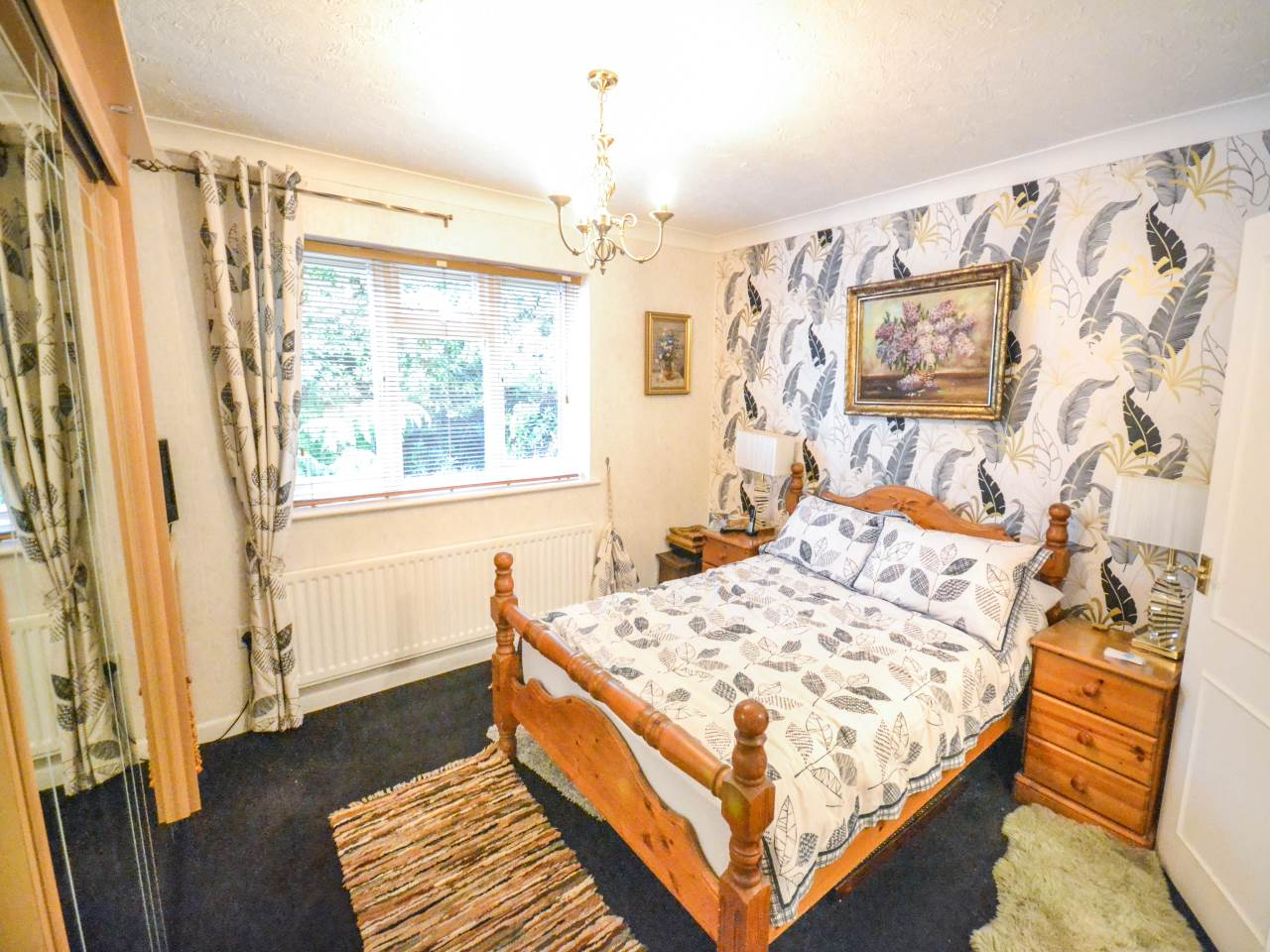 3 bed flat for sale in Fairview Park, Overbury Road 9