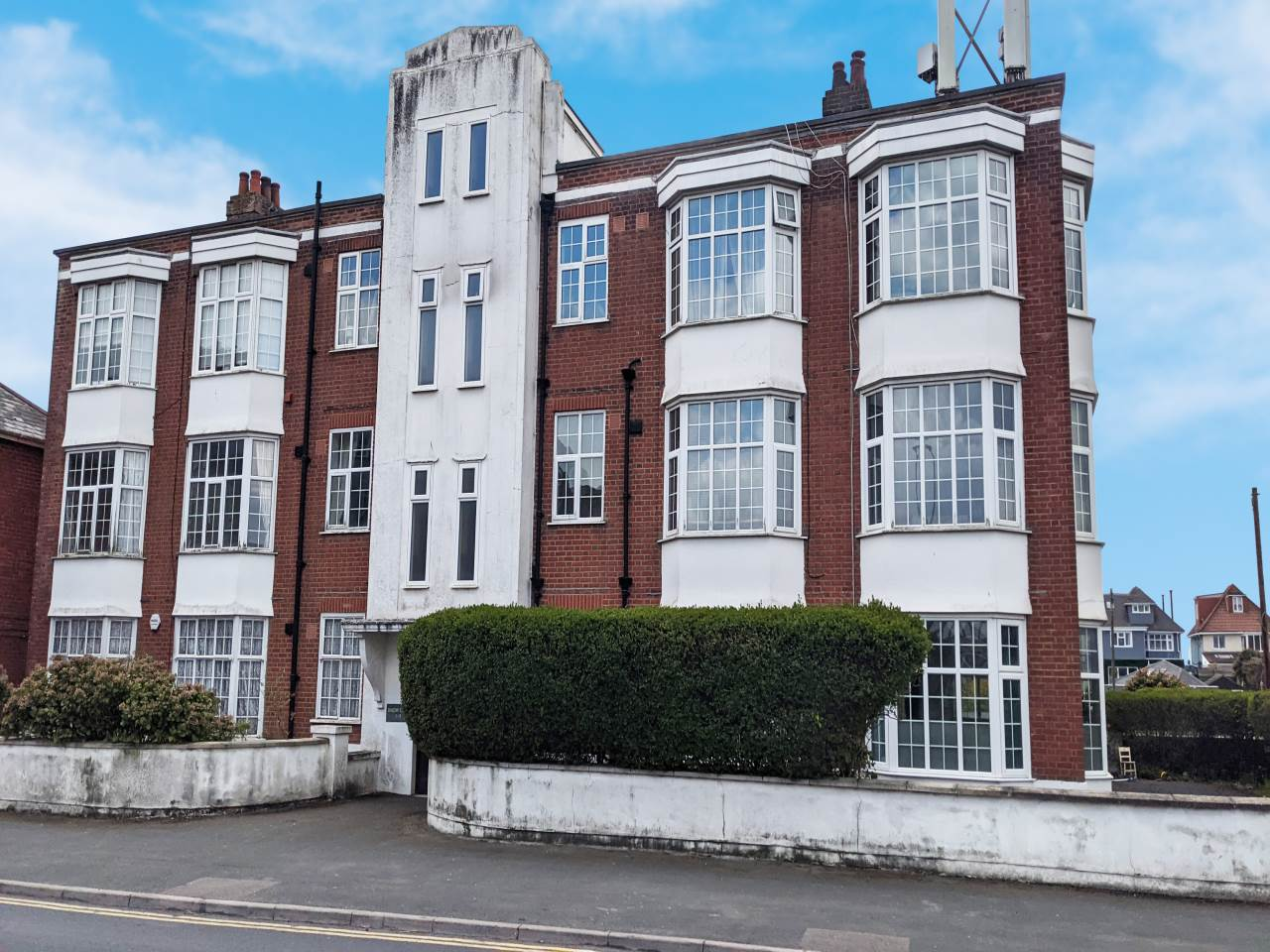 * ART DECO DEVELOPMENT * FIRST FLOOR * FOUR BEDROOMS * LOUNGE * KITCHEN * SEPARATE WC & BATHROOM * RETAINS MANY ORIGINAL FEATURES * UPVC DOUBLE GLAZING * CLOSE TO BLUE FLAG BEACHES & SOUTHBOURNE SHOPS * NO CHAIN * EXCELLENT INVESTMENT OPPORTUNITY *