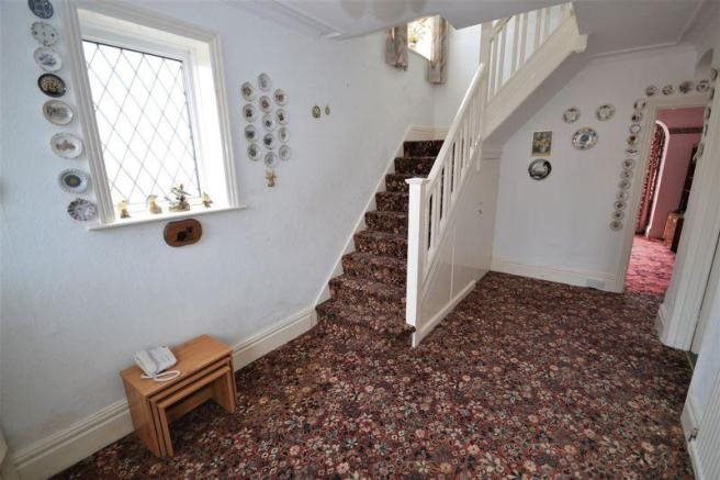 4 bed house for sale in Guildhill Road, Southbourne 1