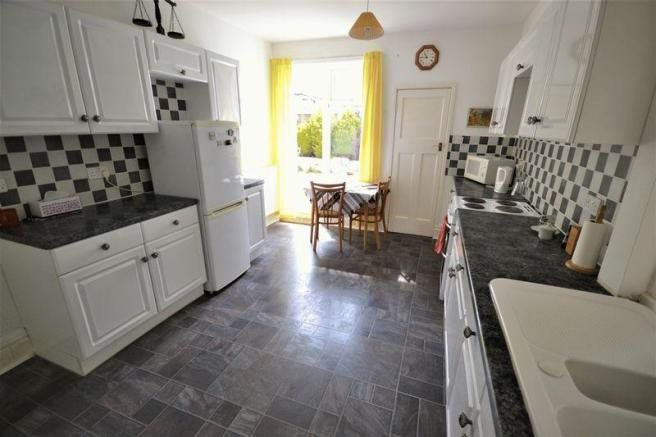 4 bed house for sale in Guildhill Road, Southbourne  - Property Image 7