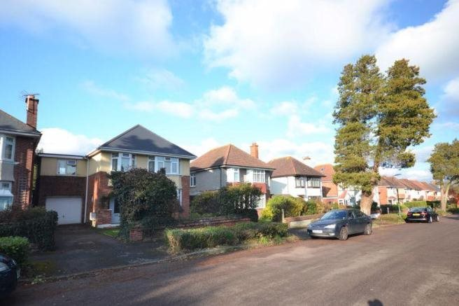 4 bed house for sale in Northbourne Avenue, Bournemouth 17