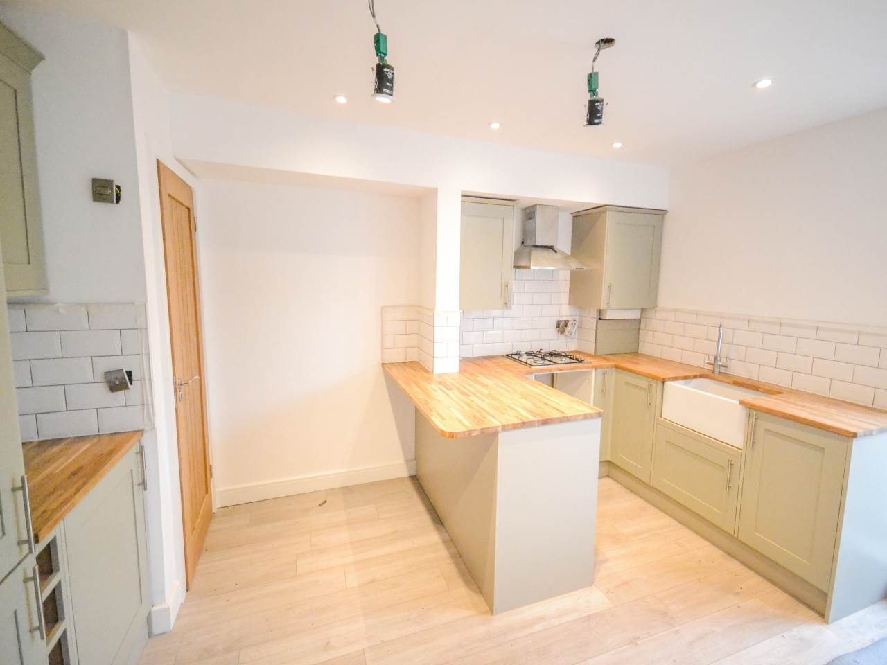2 bed terraced house for sale in Bournemouth 3