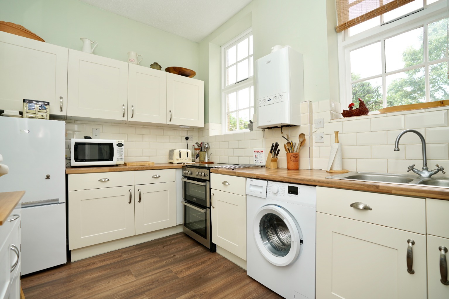1 bed ground floor flat for sale in Linclare Place, St. Neots 1