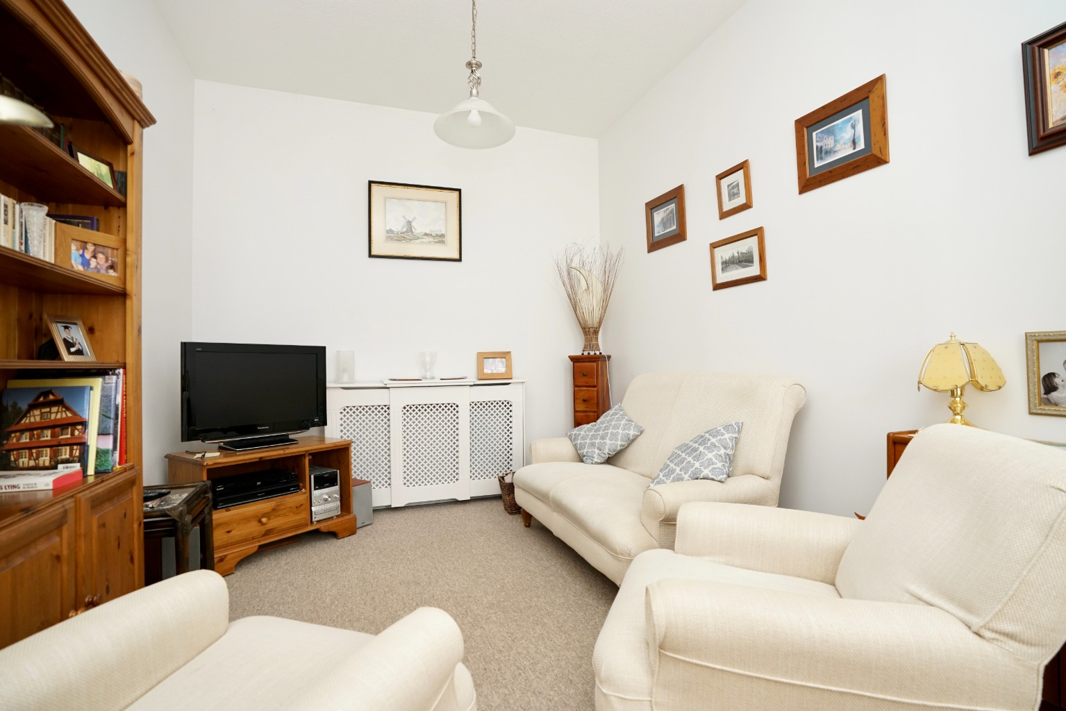 1 bed ground floor flat for sale in Linclare Place, St. Neots 4