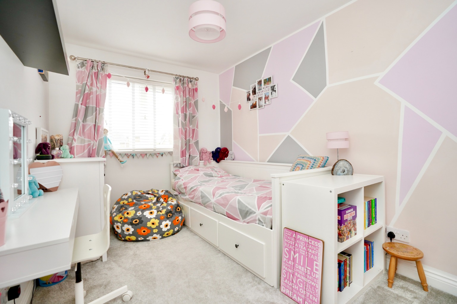 3 bed semi-detached house for sale in Burns Court, St. Neots  - Property Image 7