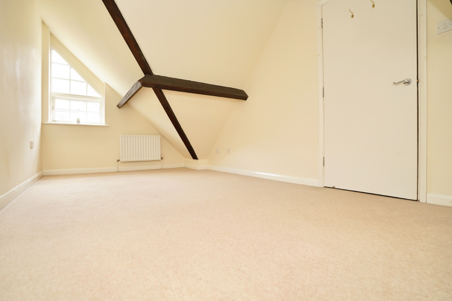 2 bed town house for sale in Chandlers Wharf, St. Neots 3