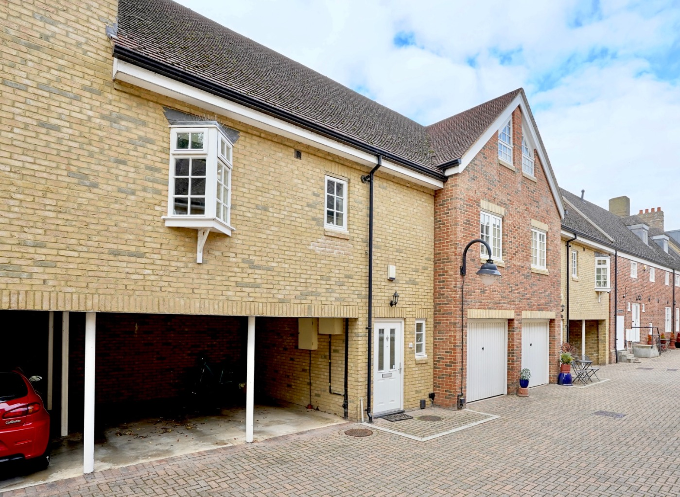 2 bed town house for sale in Chandlers Wharf, St. Neots  - Property Image 1