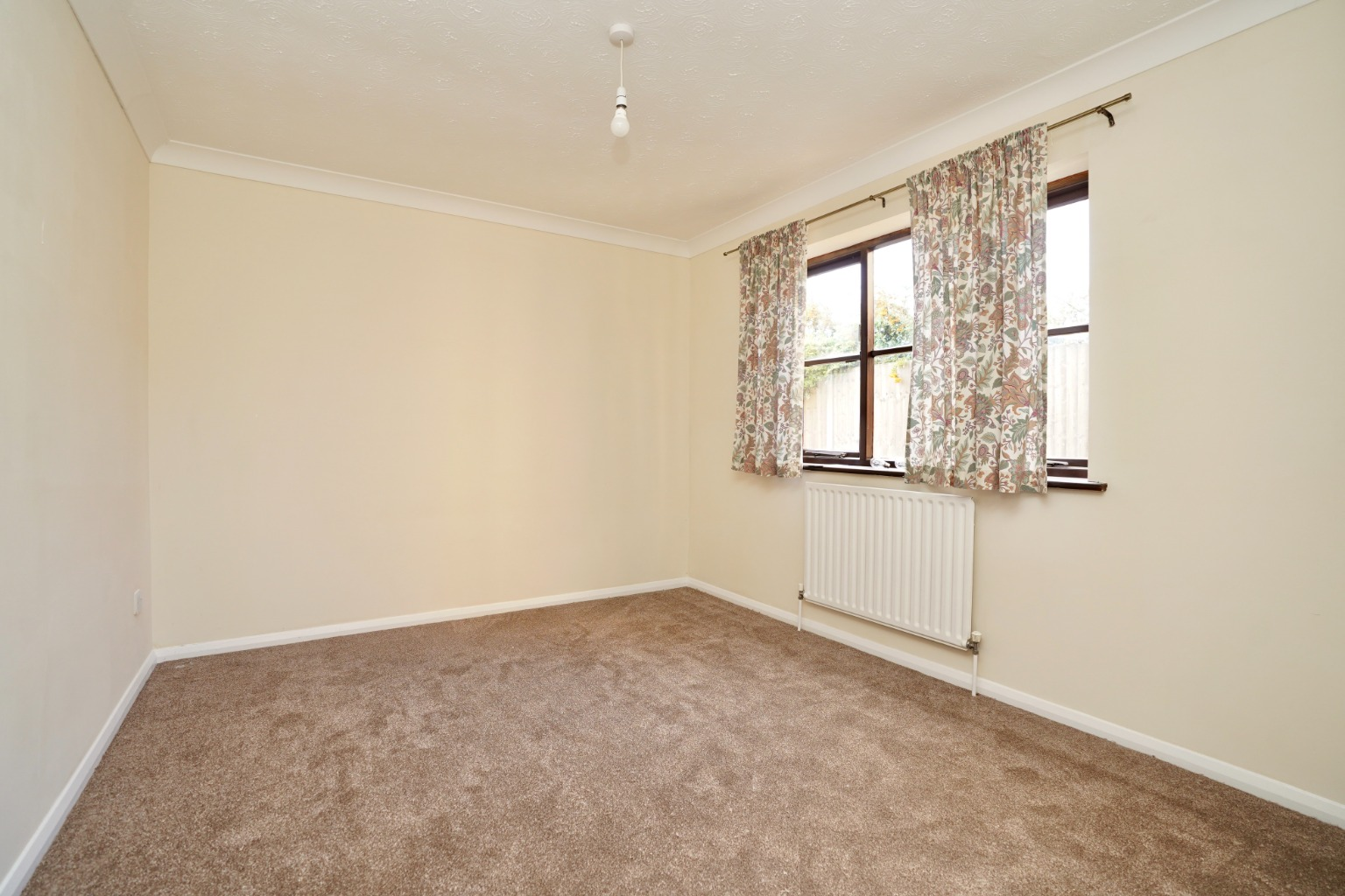 2 bed ground floor maisonette for sale in Rose Court, St. Neots Road, St. Neots 3