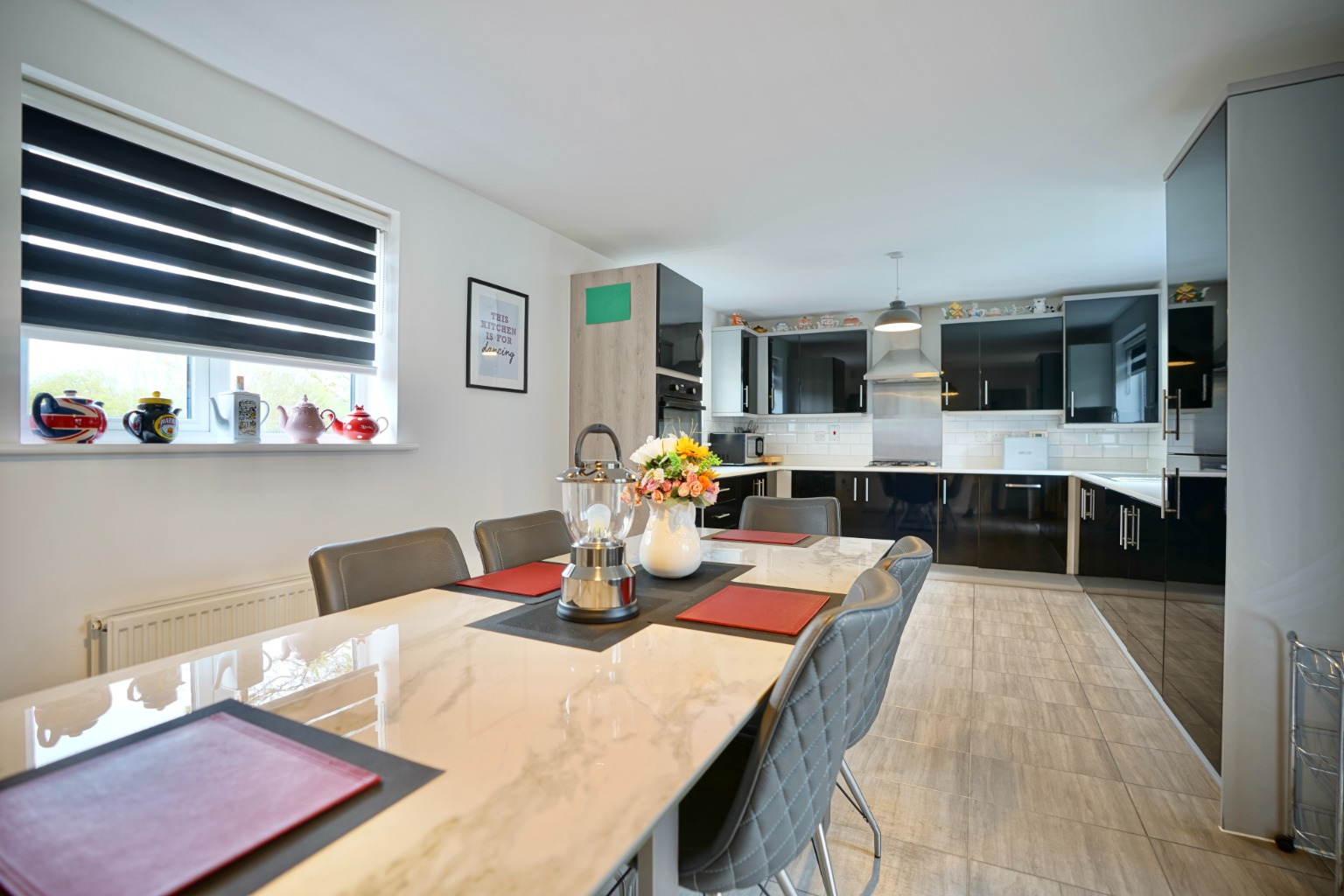 4 bed detached house for sale in Daffodil Close, St. Neots  - Property Image 4