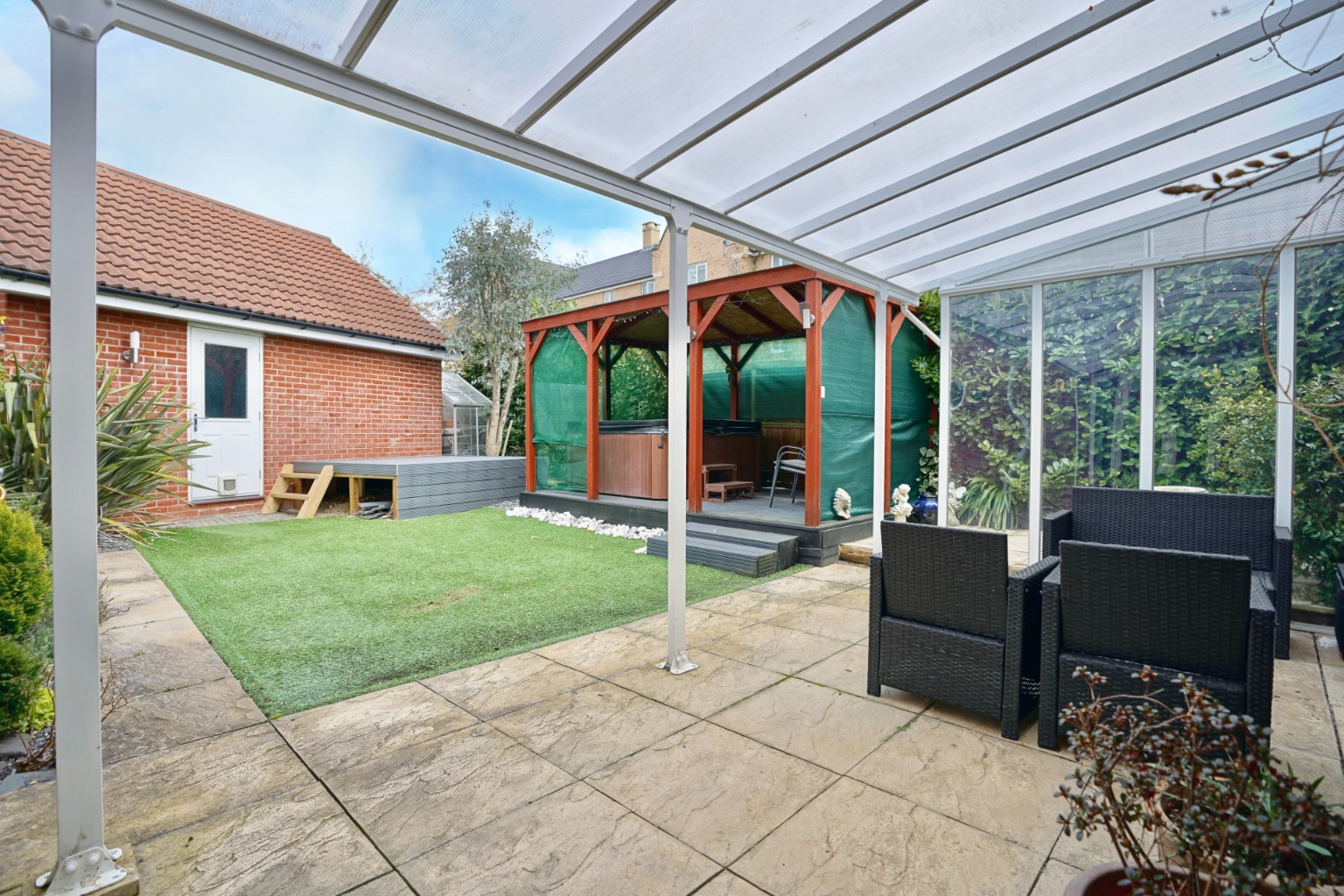 4 bed detached house for sale in Daffodil Close, St. Neots 12