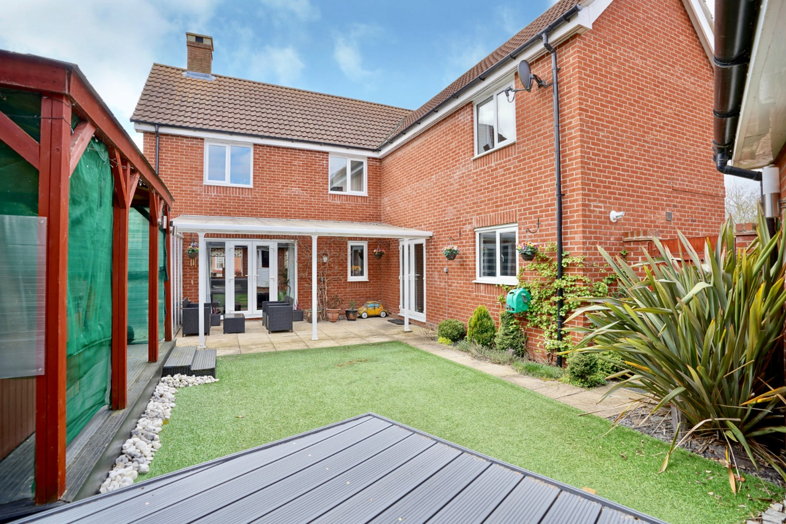 4 bed detached house for sale in Daffodil Close, St. Neots  - Property Image 12