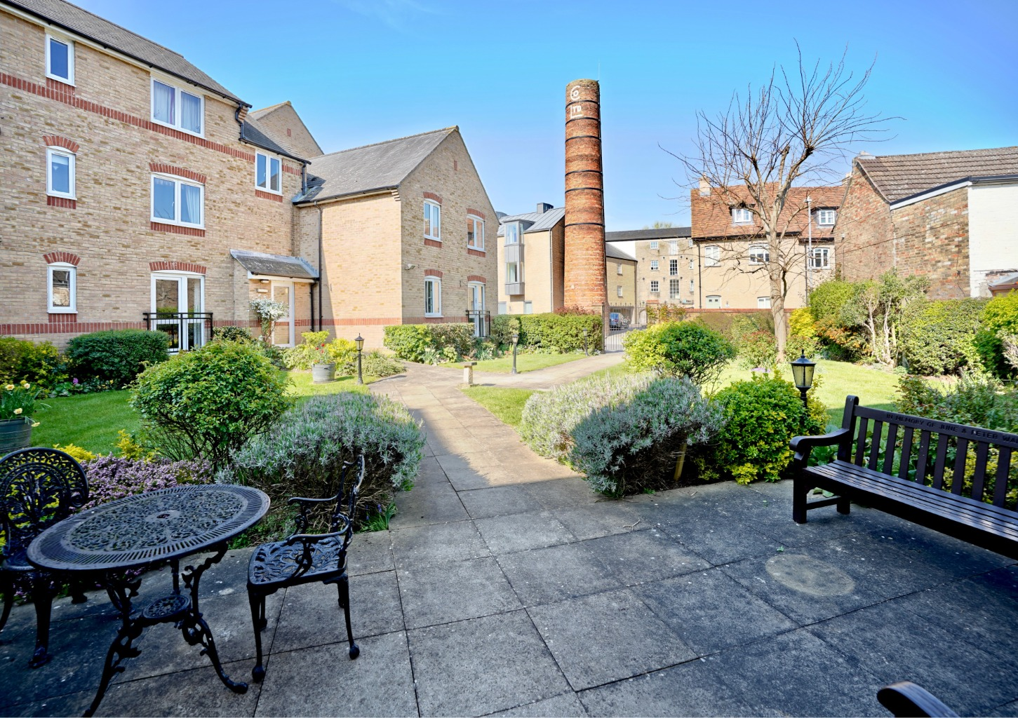 1 bed flat for sale in Church Street, St. Neots, PE19