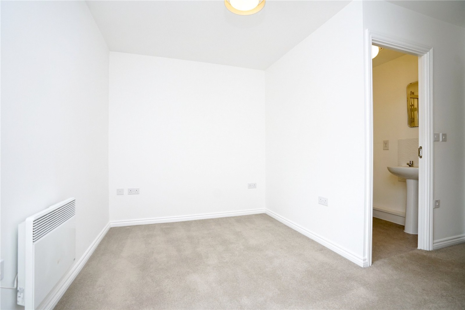 2 bed apartment for sale in Marbled White Court, St. Neots  - Property Image 8
