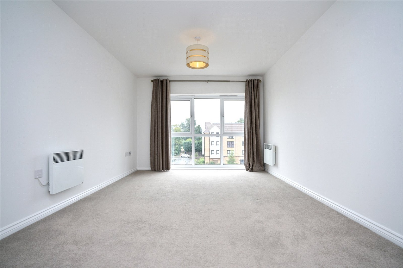 2 bed apartment for sale in Marbled White Court, St. Neots  - Property Image 5