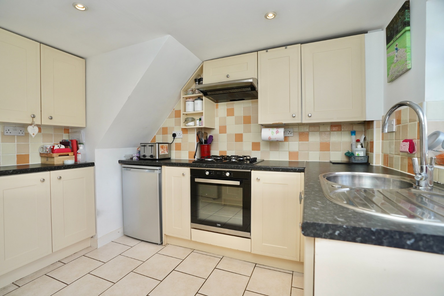 2 bed end of terrace house for sale in East Street, St. Neots  - Property Image 5