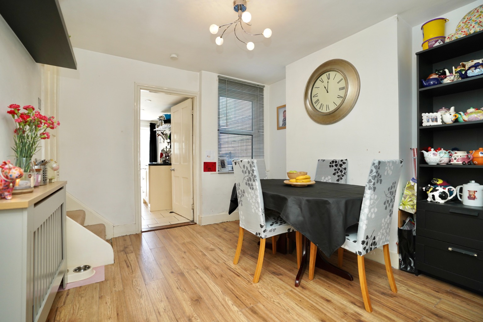 2 bed end of terrace house for sale in East Street, St. Neots 2