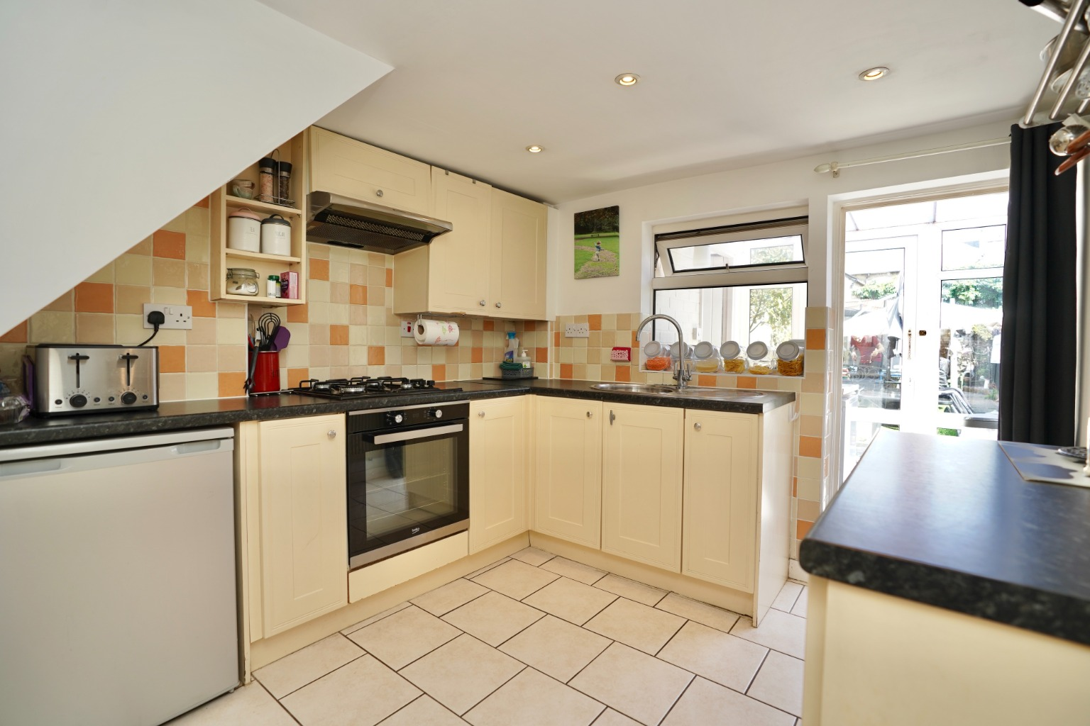 2 bed end of terrace house for sale in East Street, St. Neots  - Property Image 4