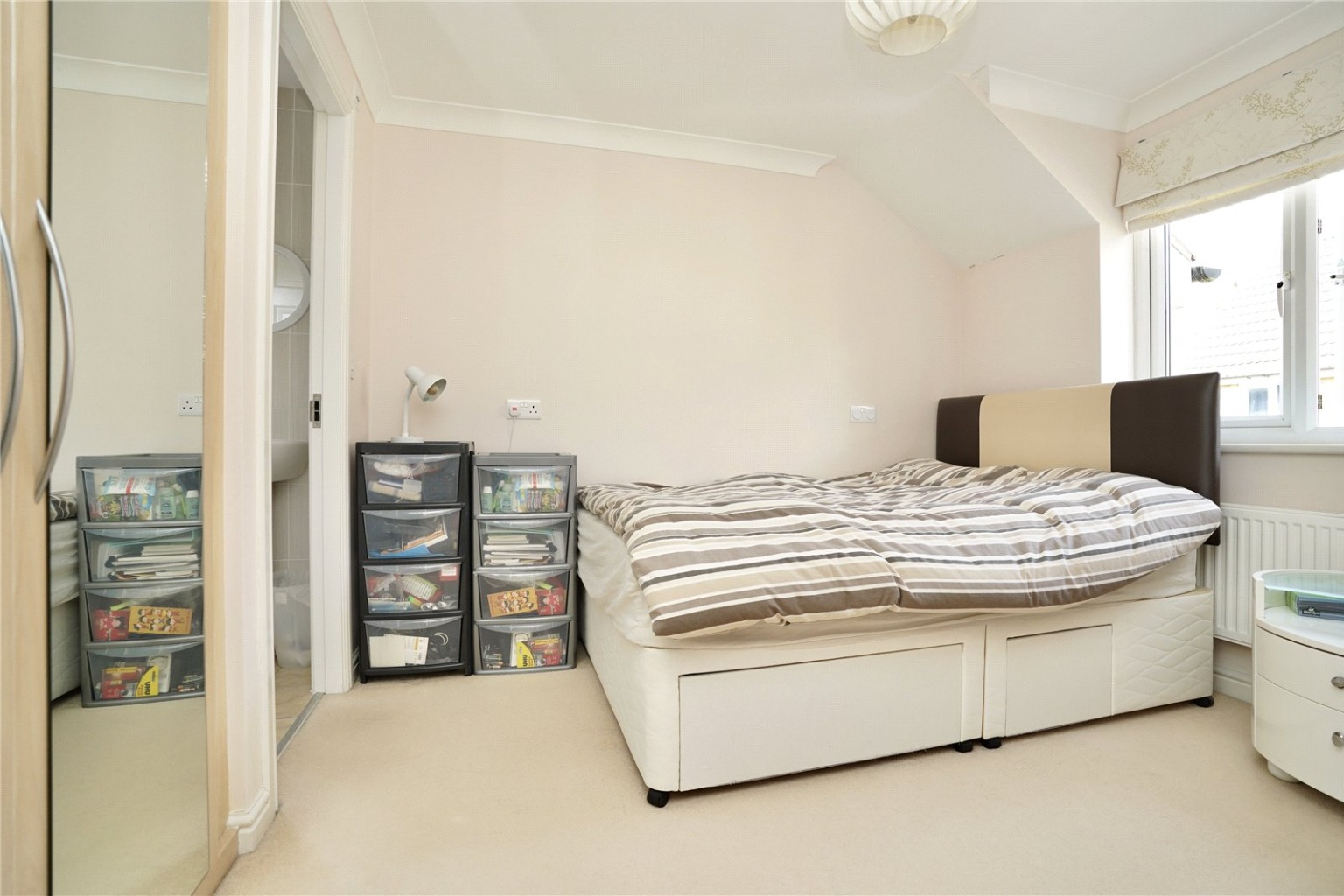 3 bed semi-detached house for sale in Middle Ground, St. Neots  - Property Image 5