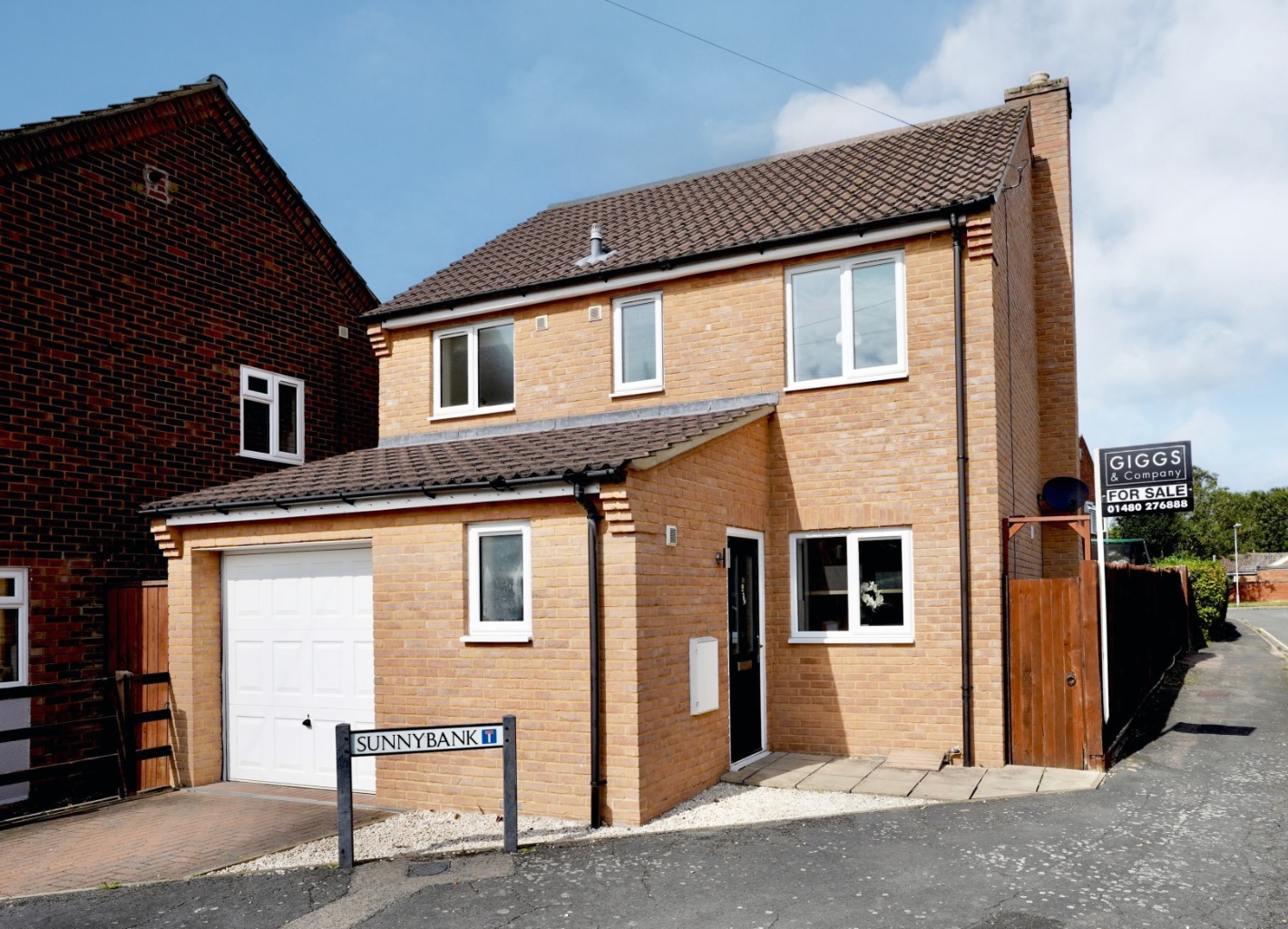 3 bed detached house for sale in Green End Road, St. Neots - Property Image 1