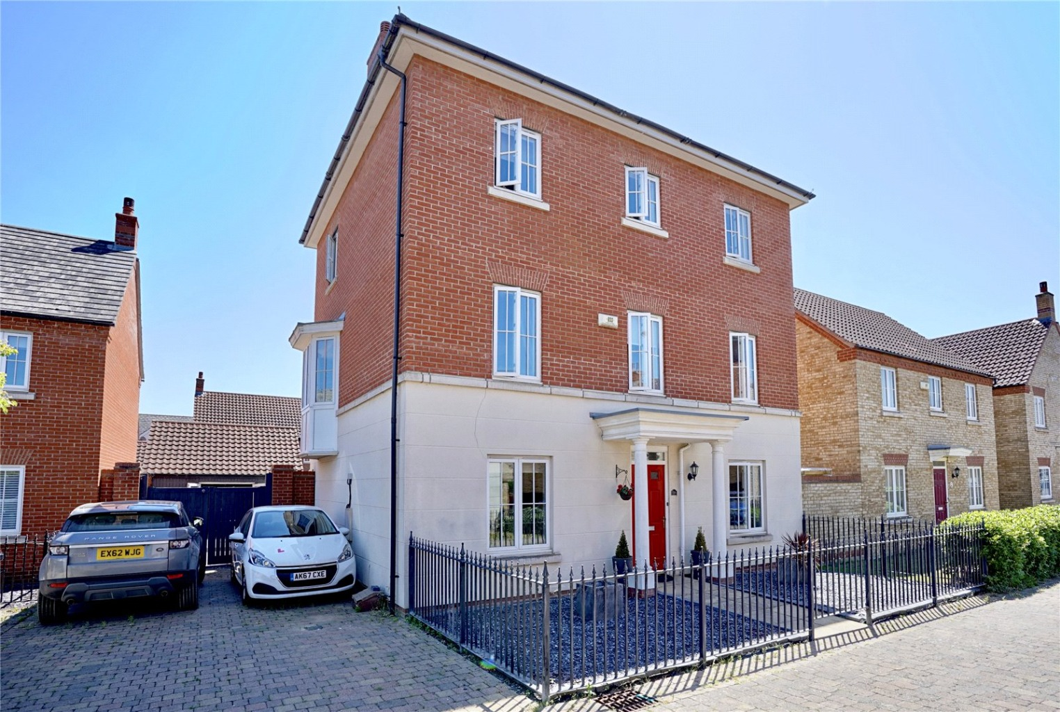 5 bed detached house for sale in Banks Court, St. Neots  - Property Image 1