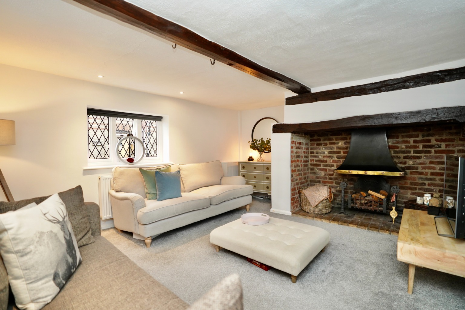 5 bed detached house for sale in Station Lane, St. Neots  - Property Image 4