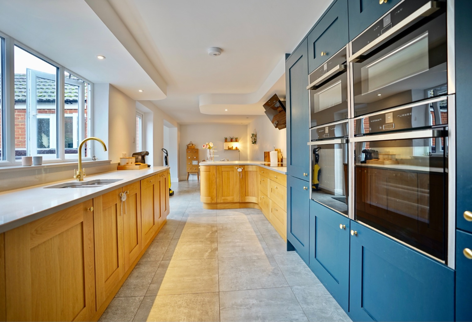 5 bed detached house for sale in Station Lane, St. Neots  - Property Image 3