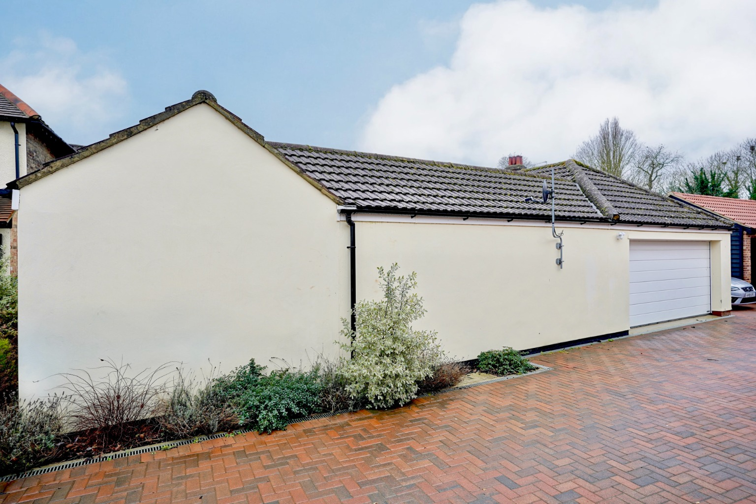 5 bed detached house for sale in Station Lane, St. Neots 26