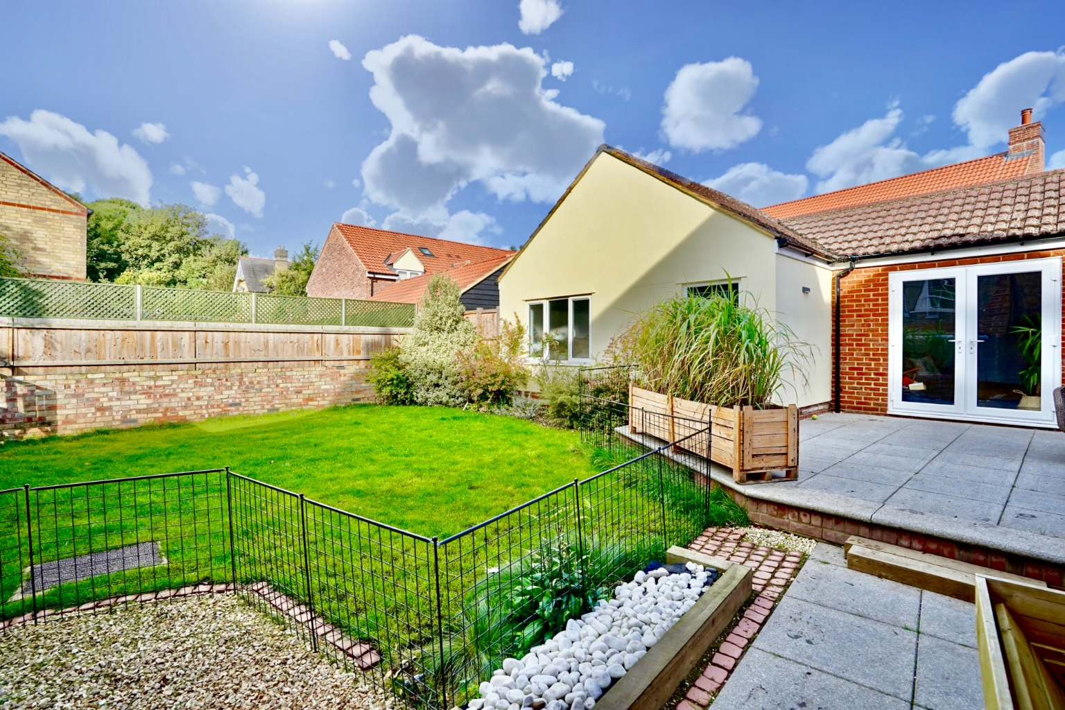 5 bed detached house for sale in Station Lane, St. Neots  - Property Image 24