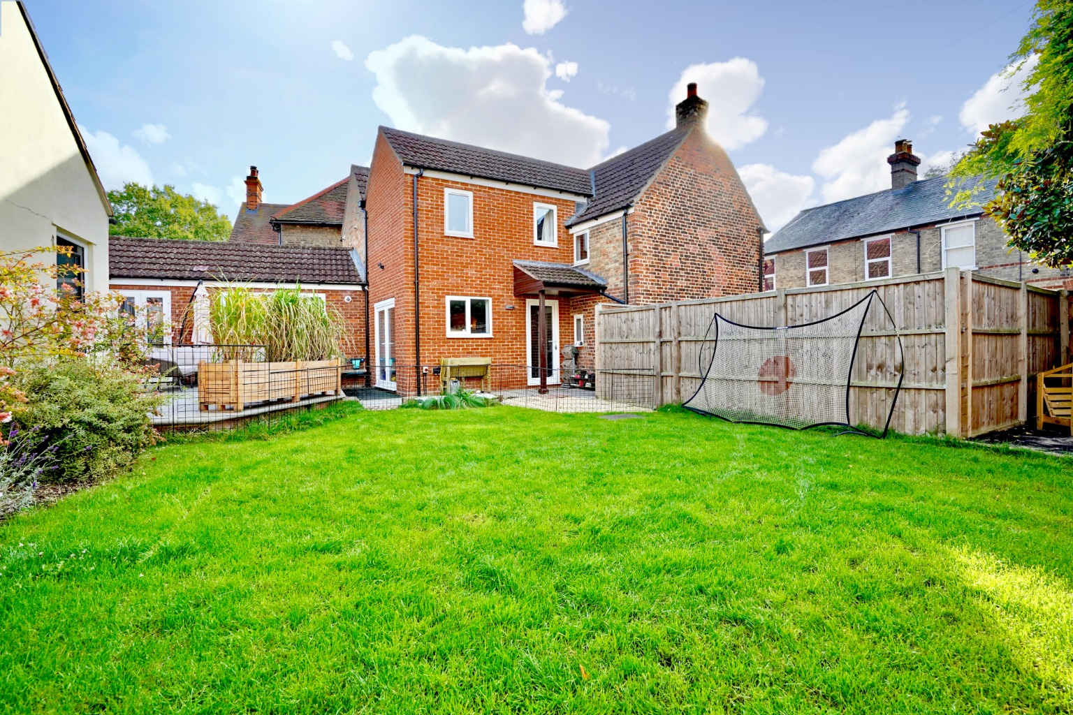 5 bed detached house for sale in Station Lane, St. Neots 24