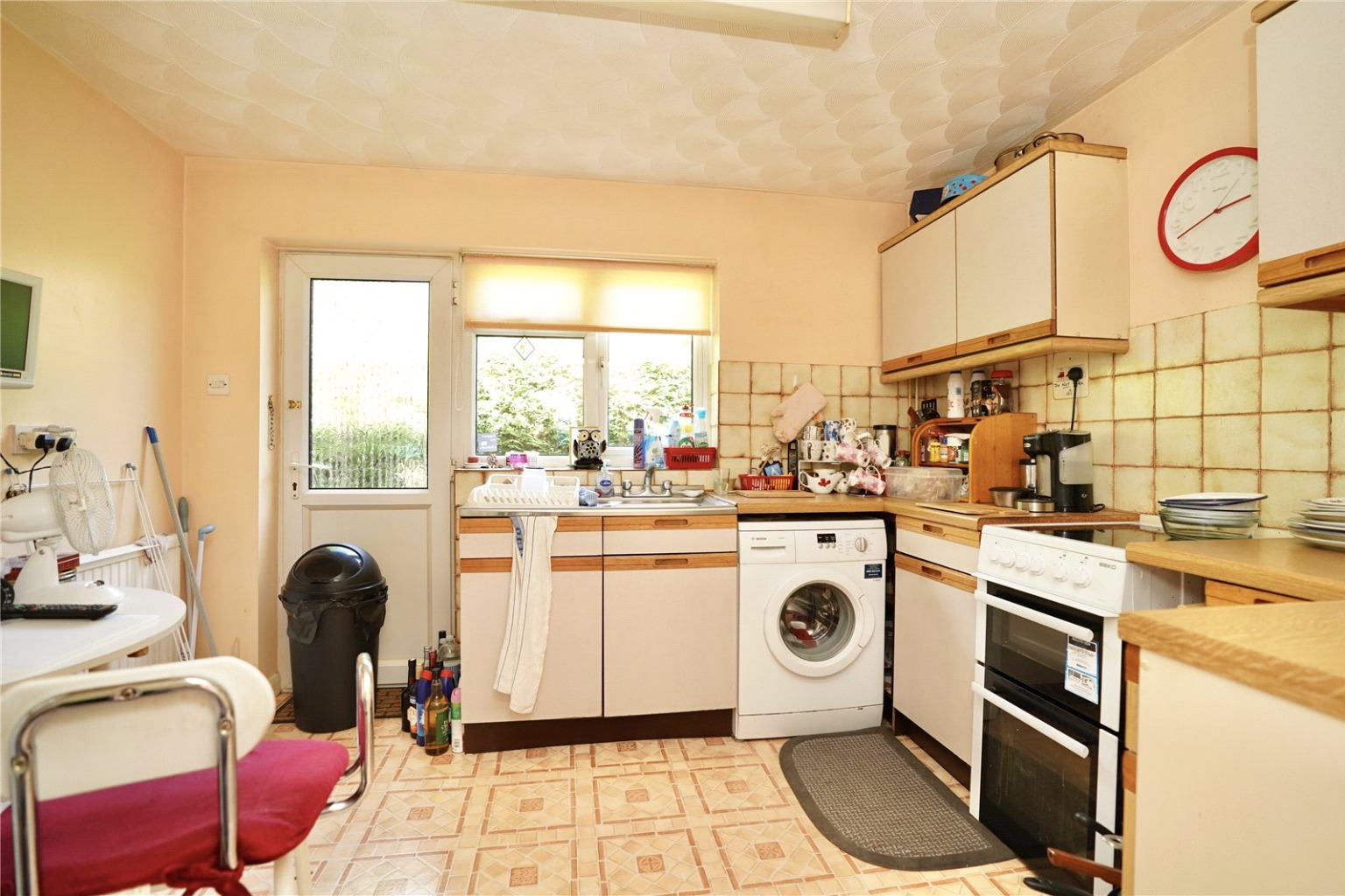 2 bed detached bungalow for sale in High Street, St. Neots  - Property Image 3