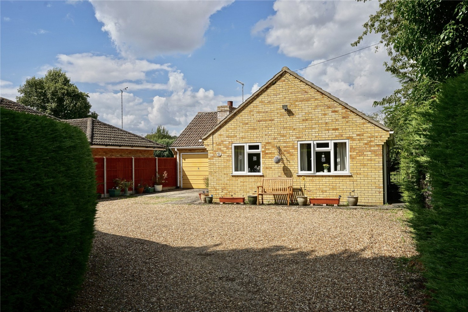 2 bed detached bungalow for sale in High Street, St. Neots  - Property Image 7