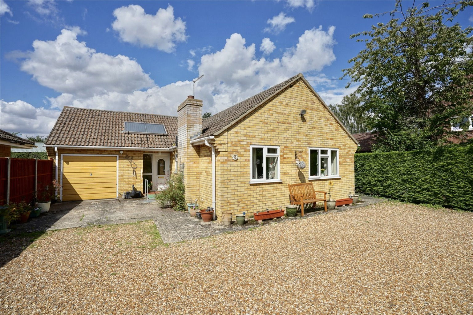 2 bed detached bungalow for sale in High Street, St. Neots - Property Image 1