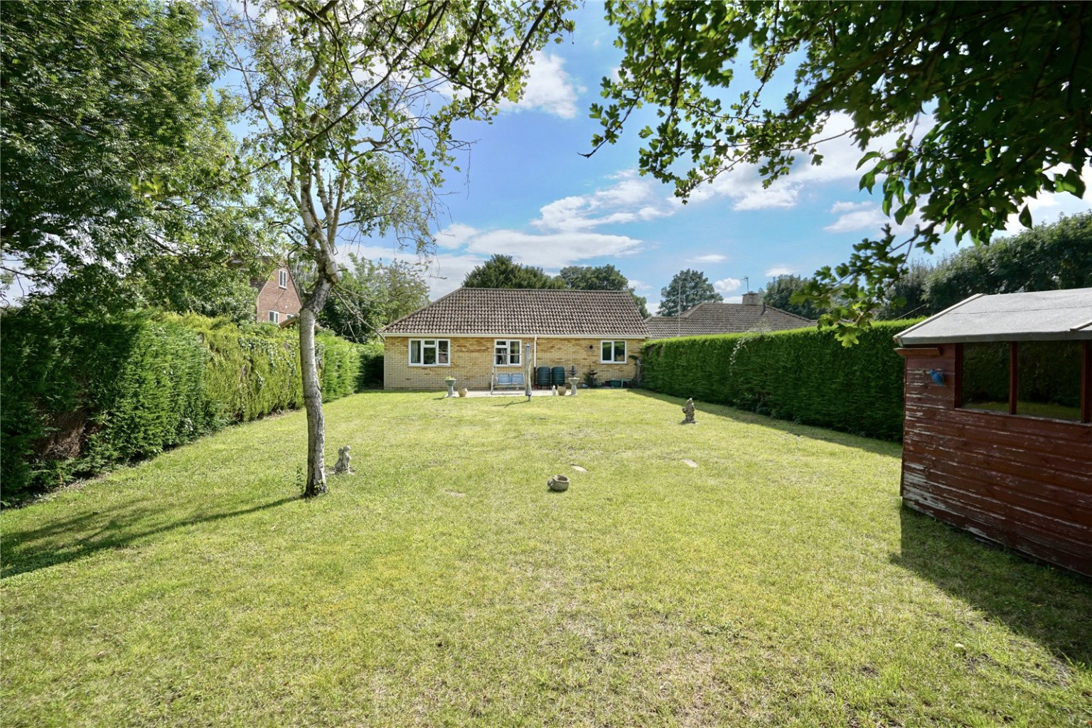 2 bed detached bungalow for sale in High Street, St. Neots  - Property Image 9