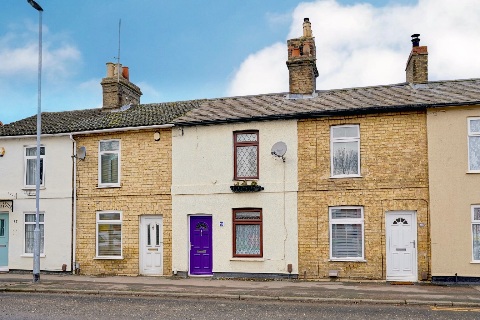 2 bed terraced house for sale in Huntingdon Street, St. Neots - Property Image 1