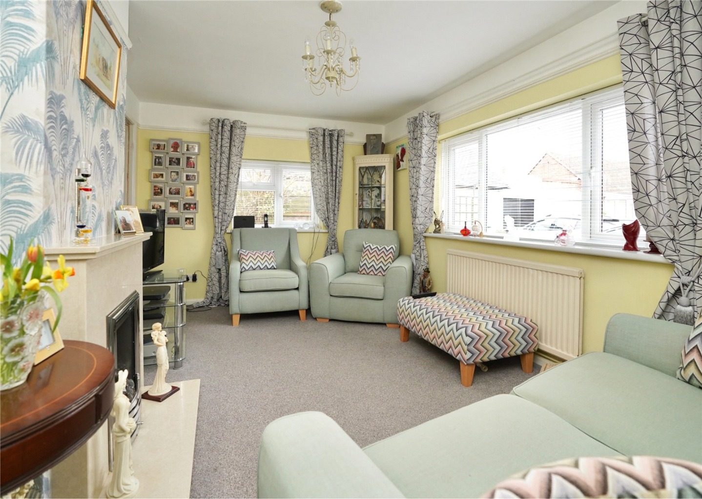 2 bed detached bungalow for sale in Parkway, St. Neots 3
