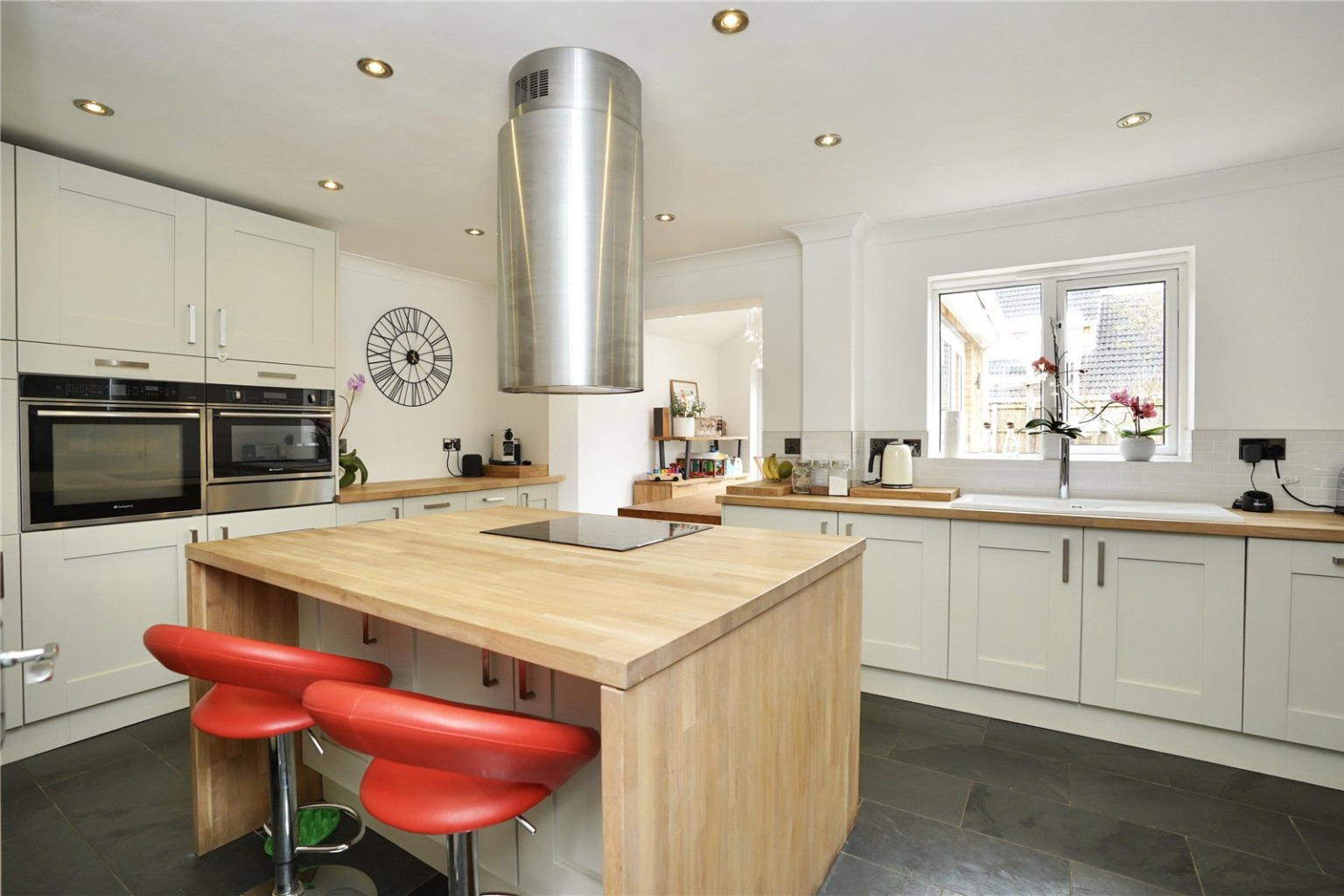 3 bed detached house for sale in Chamberlain Way, St. Neots  - Property Image 5