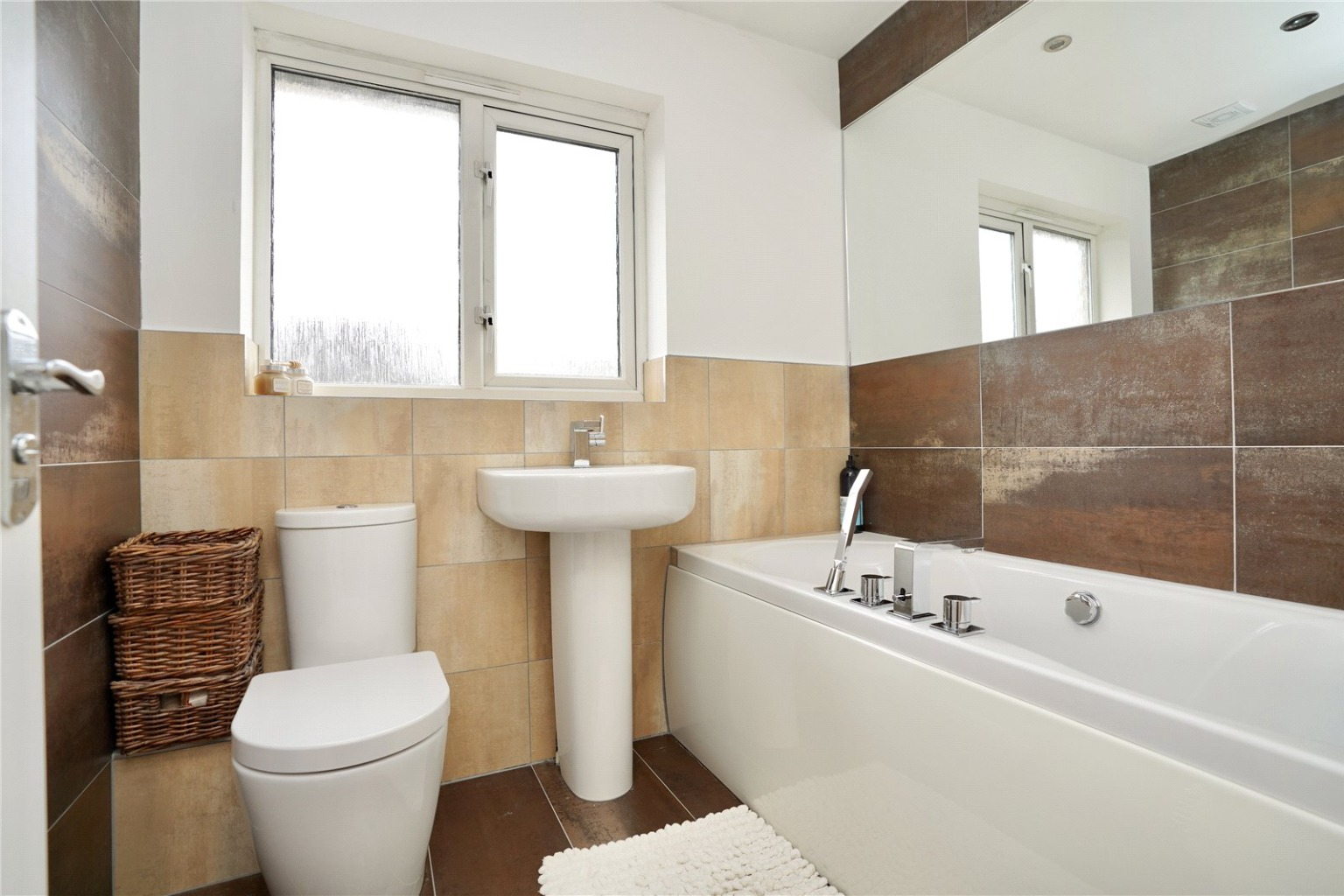 3 bed detached house for sale in Chamberlain Way, St. Neots 10