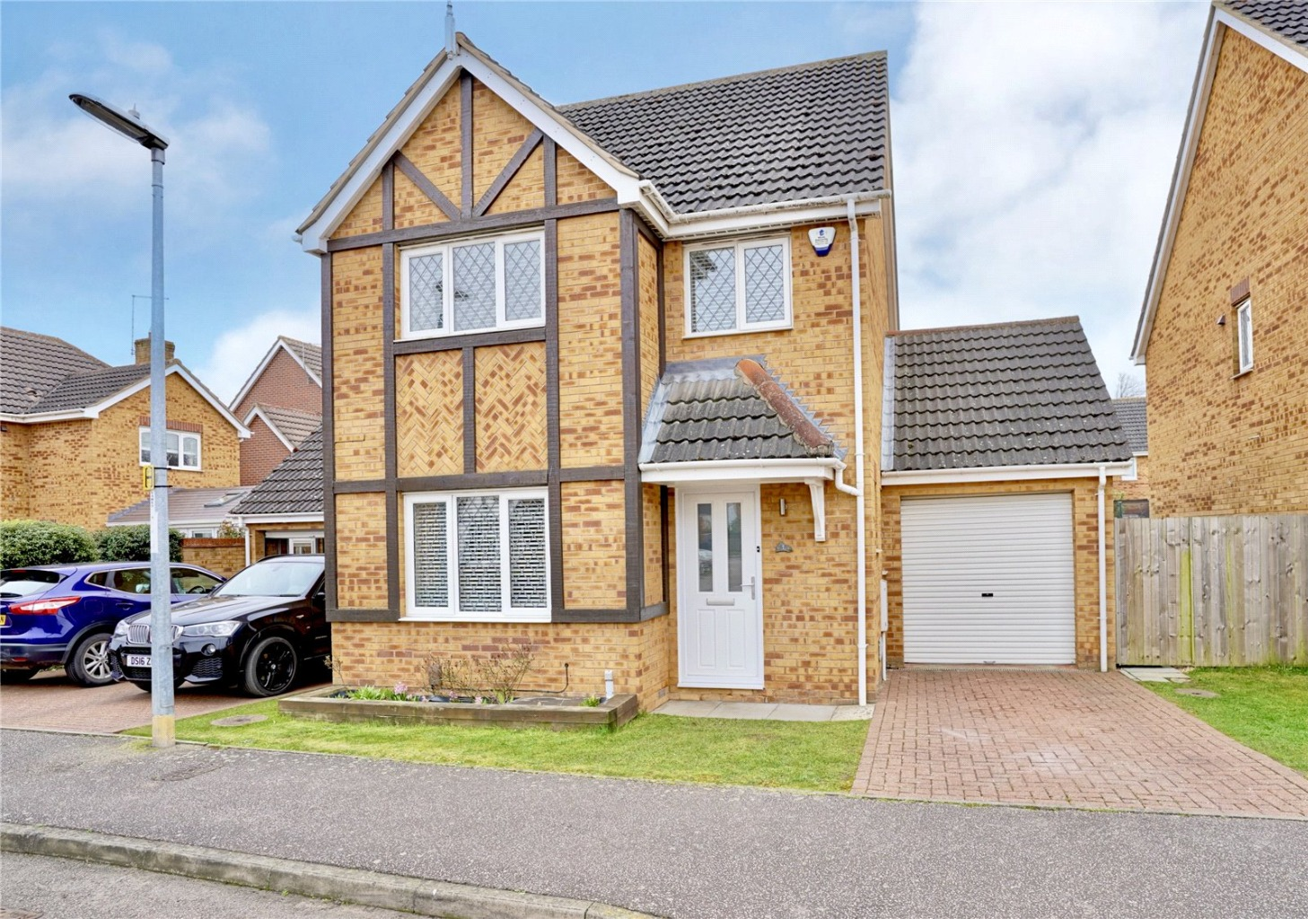 3 bed detached house for sale in Chamberlain Way, St. Neots - Property Image 1