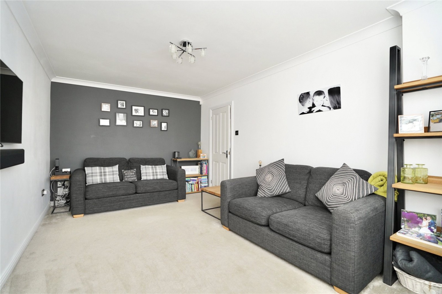 3 bed detached house for sale in Chamberlain Way, St. Neots 3