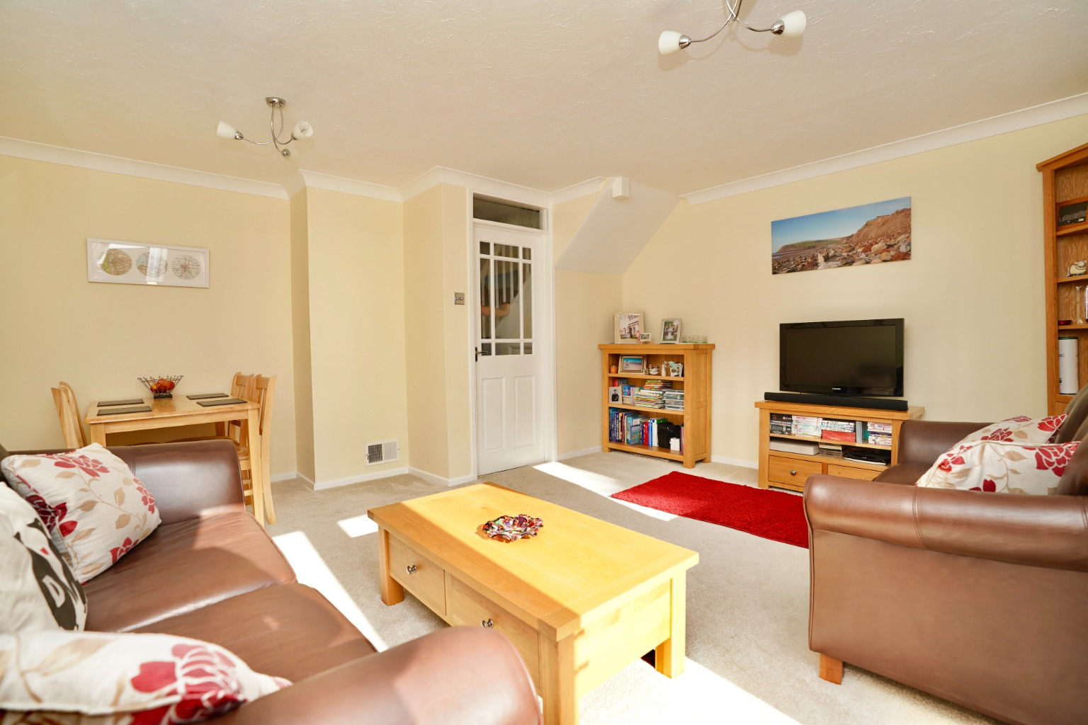 3 bed semi-detached house for sale in Carisbrooke Way, St. Neots  - Property Image 9