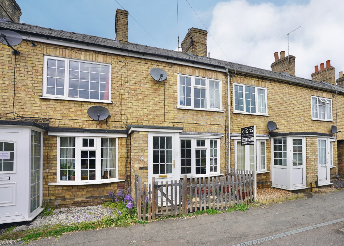 2 bed terraced house for sale in St. Neots Road, St. Neots - Property Image 1